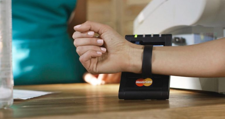MasterCard Touchless Payment Wearable